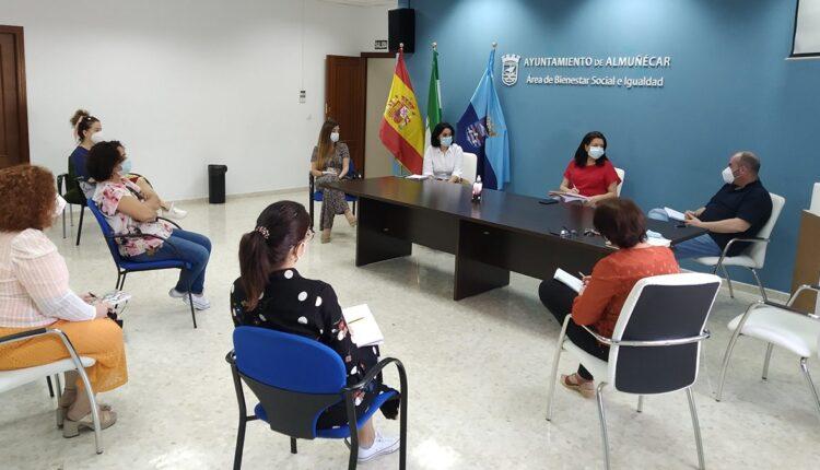 Reunión Constitución Comisión Emergencia Social de Almuñécar.