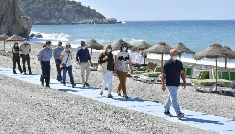 Acceso a la Playa de Cantarriján