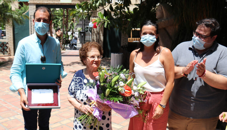 Homenaje a Emilia Fernández en su 100 cumpleanos